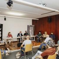 BIENAL l Rueda de prensa. Presentación del director en la sede de la Bienal, Centro Cerámica Triana © Óscar Romero