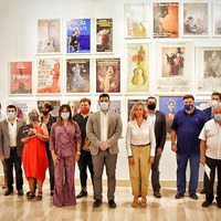 Foto de familia - Presentación La Bienal enciende Sevilla